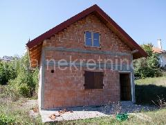 Nekretnina Brinje, Jezerane